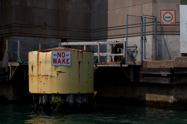 Warning along the Chicago River