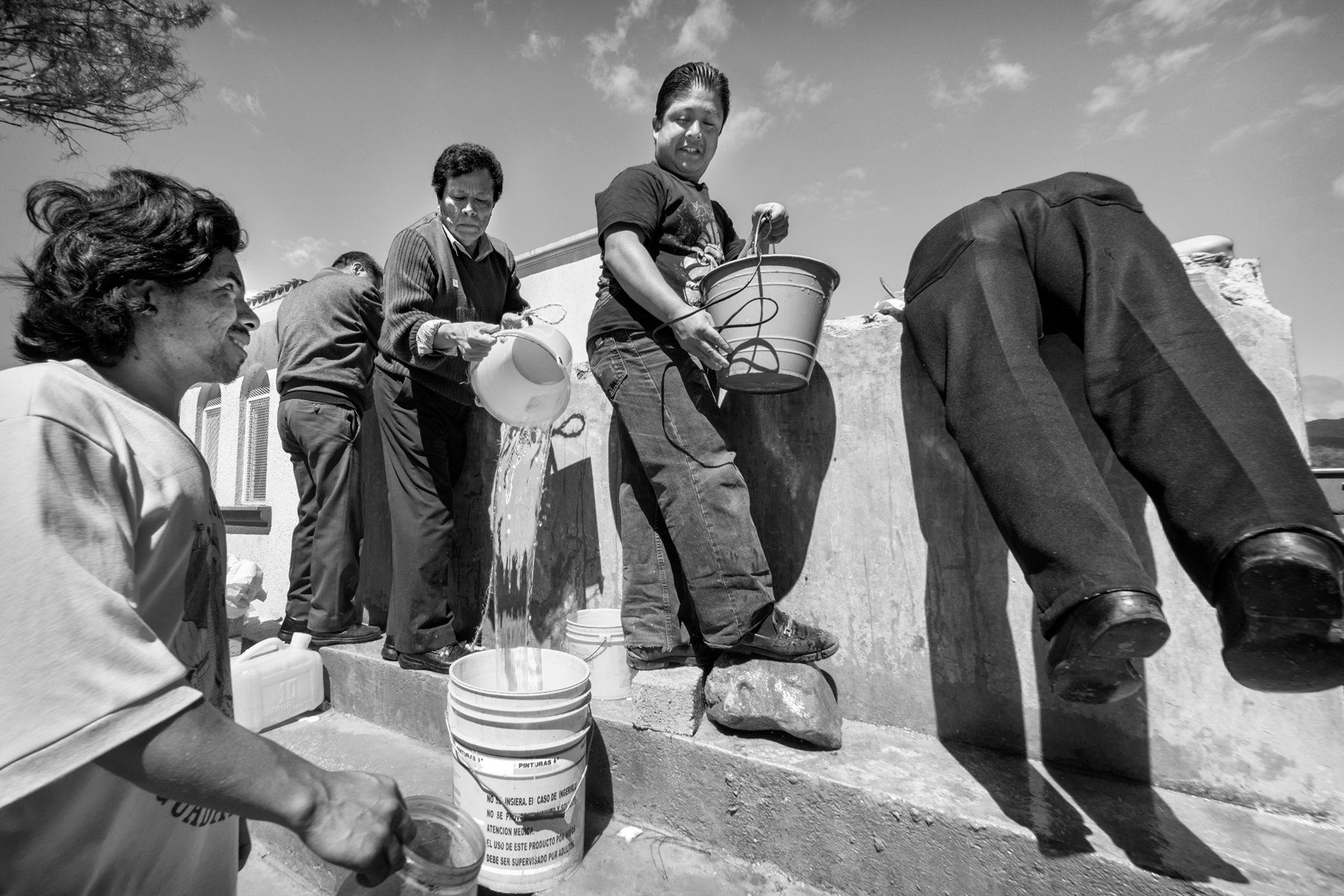 Getting water, Dia de los Muertos
