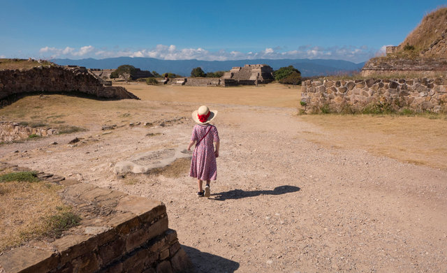Tilley at Monte Albán