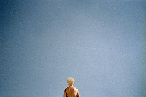 donnina-blonde-back-wb.jpg