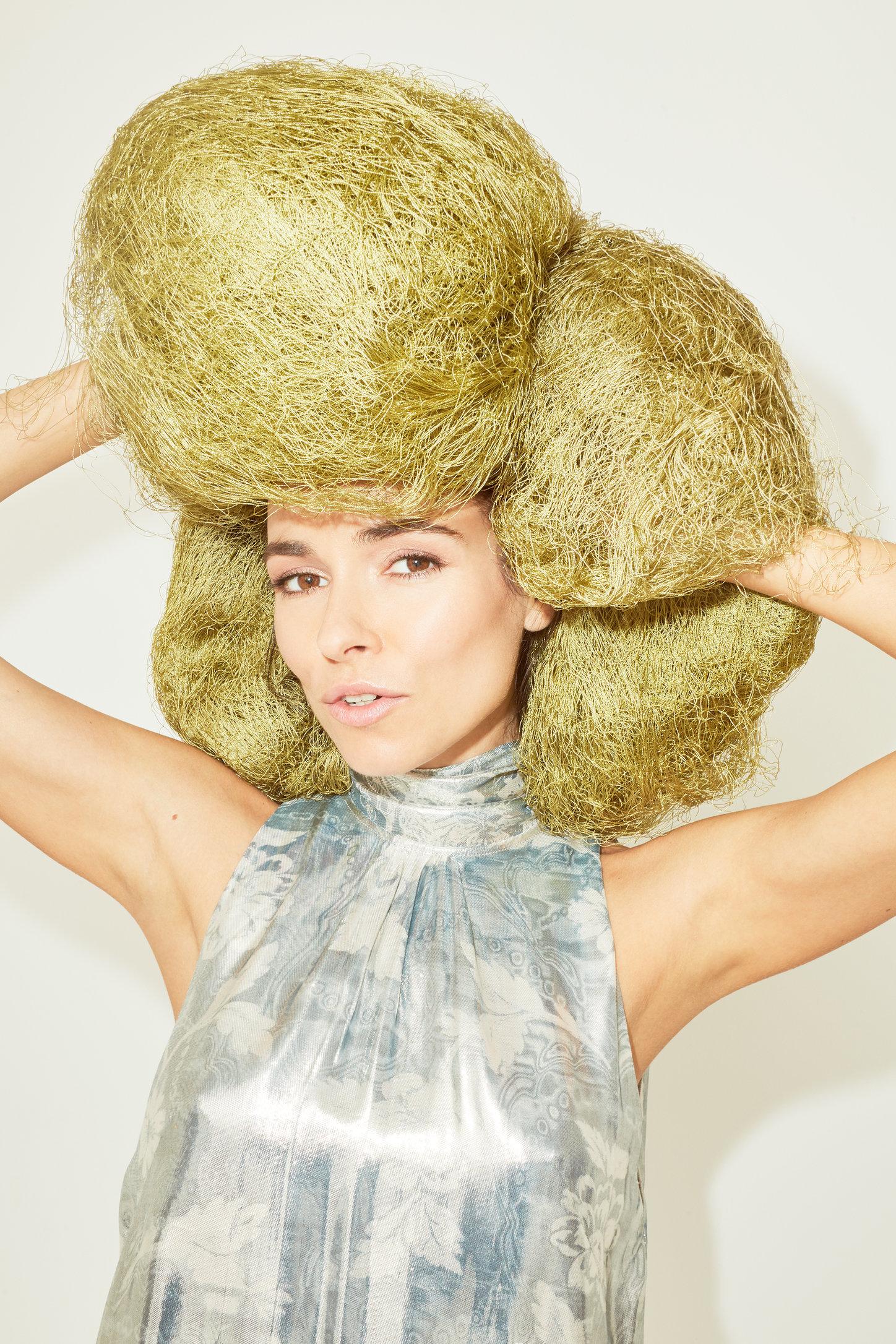 Elle Russia - Irena Ponaroshku x H&M Conscious Exclusive