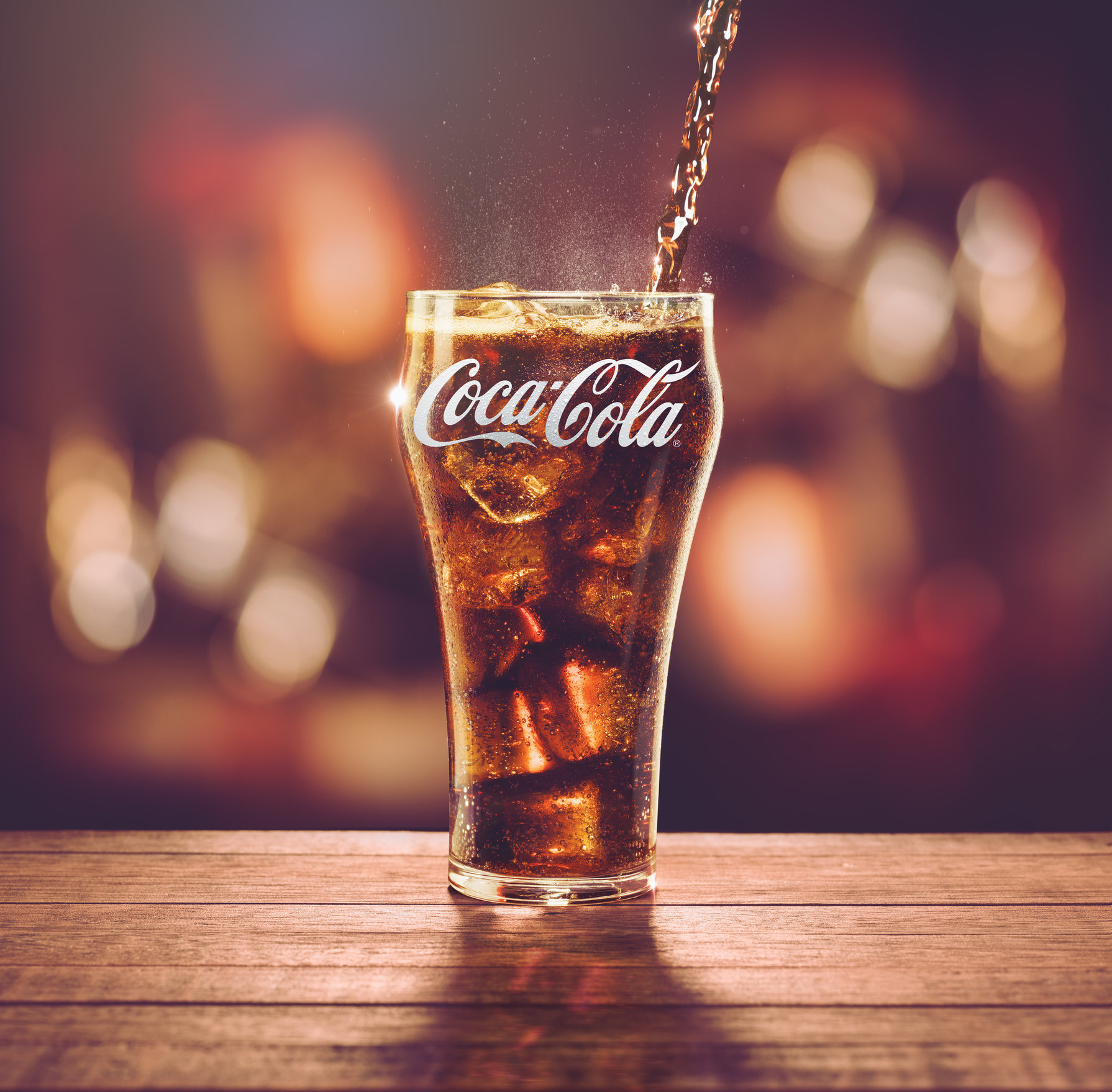 COCA COLA / AGENCY: OGILVY & MATHER  COLOMBIA / SERVE YOUR COKE /