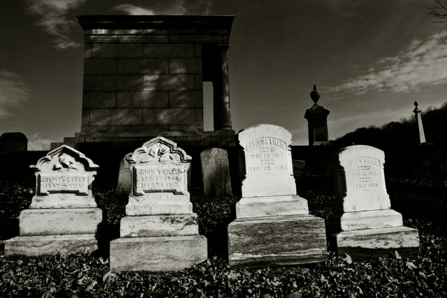 Lillie Family Graves, North Adams