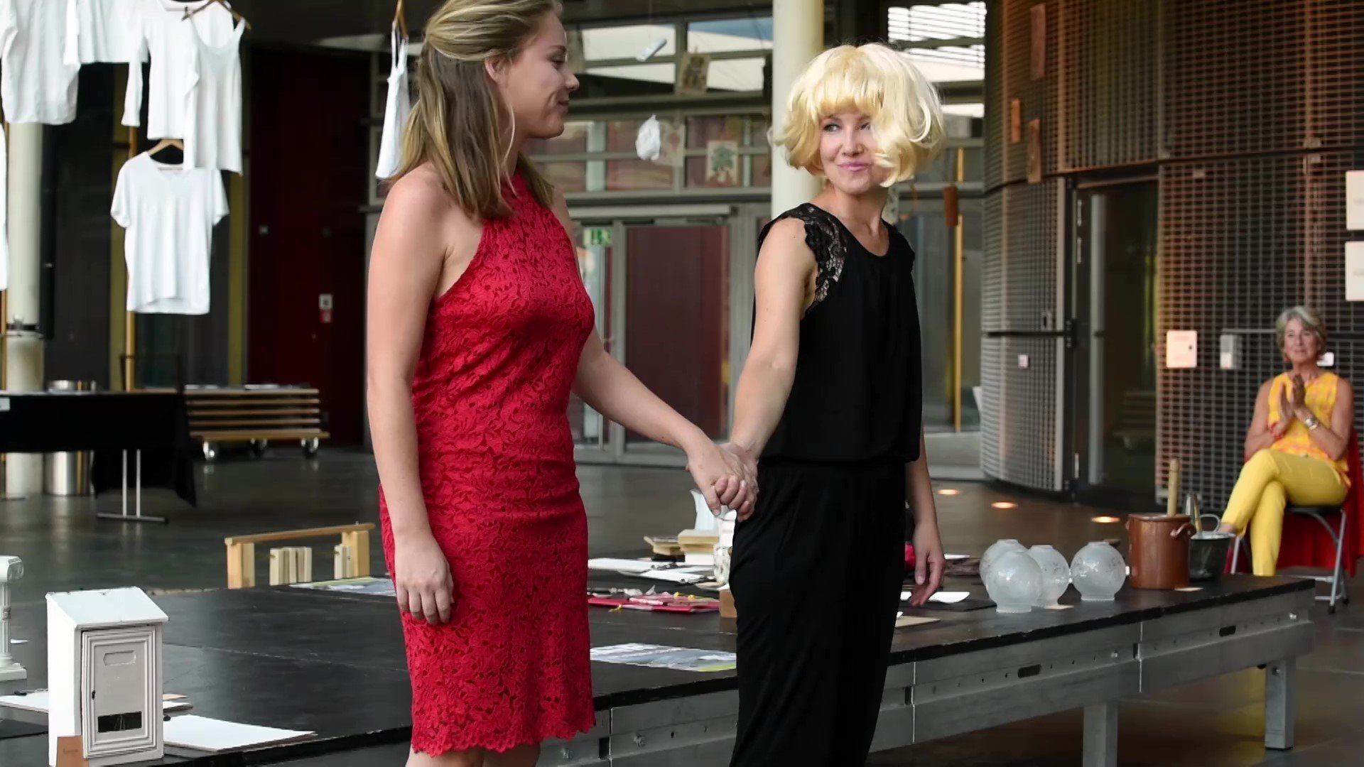 7 Performance Complex Simplicity Andrea and Helena_Moment7.jpg
