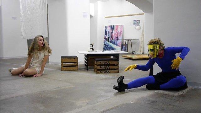 4b Performance im Reutlinger Museum 2019.jpg
