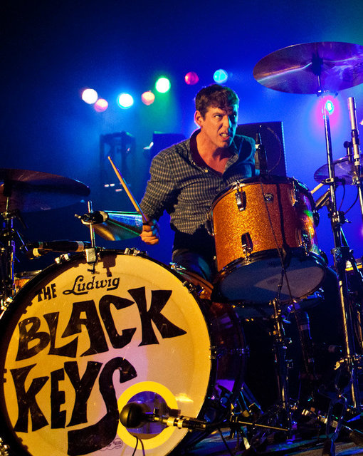 2_19_11_cage_elephant_black_keys_kabik-236-33 copy.jpg