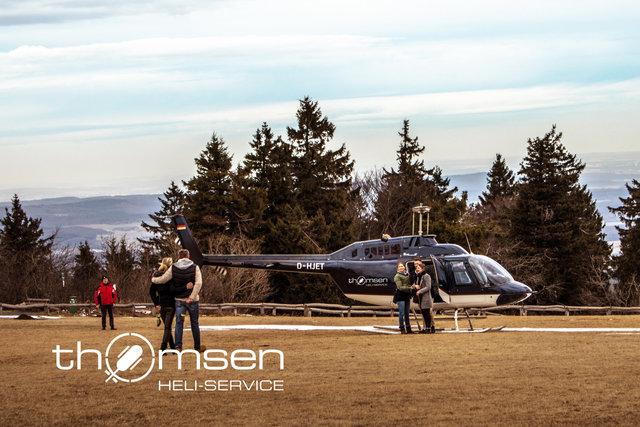 Heiratsantragsflug Helikopter_Großer Feldberg_©thomsen Heli-Service_thomsen-heli.com-2 (2).jpg
