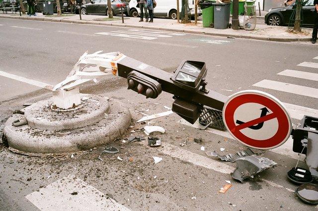 wrong turn, Paris, 2015.jpg