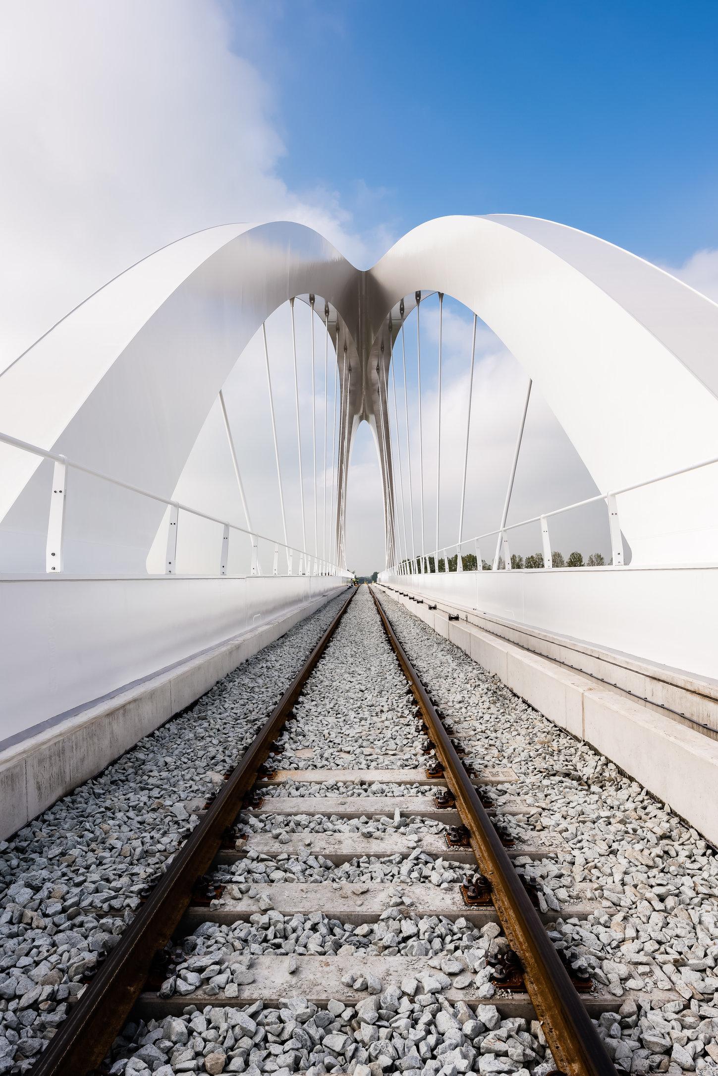 Spoorbrug bij Zuidhorn (Gr) in opdracht van Arcadis