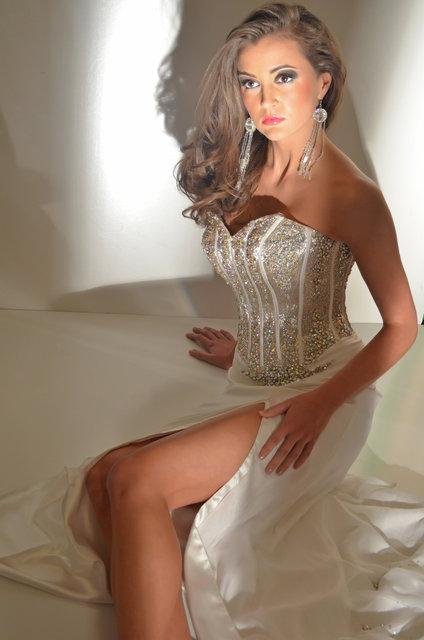 ELLEN- BEAUTIFUL BRIDE