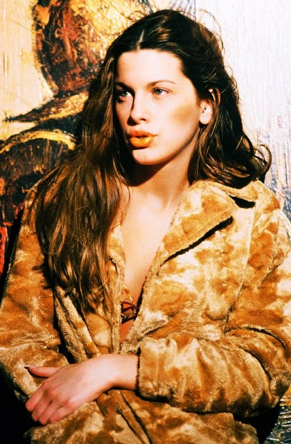 MODEL LINDSAY IS AN UPTOWN AND DOWNTOWN GIRL OF ART AND FASHION..
