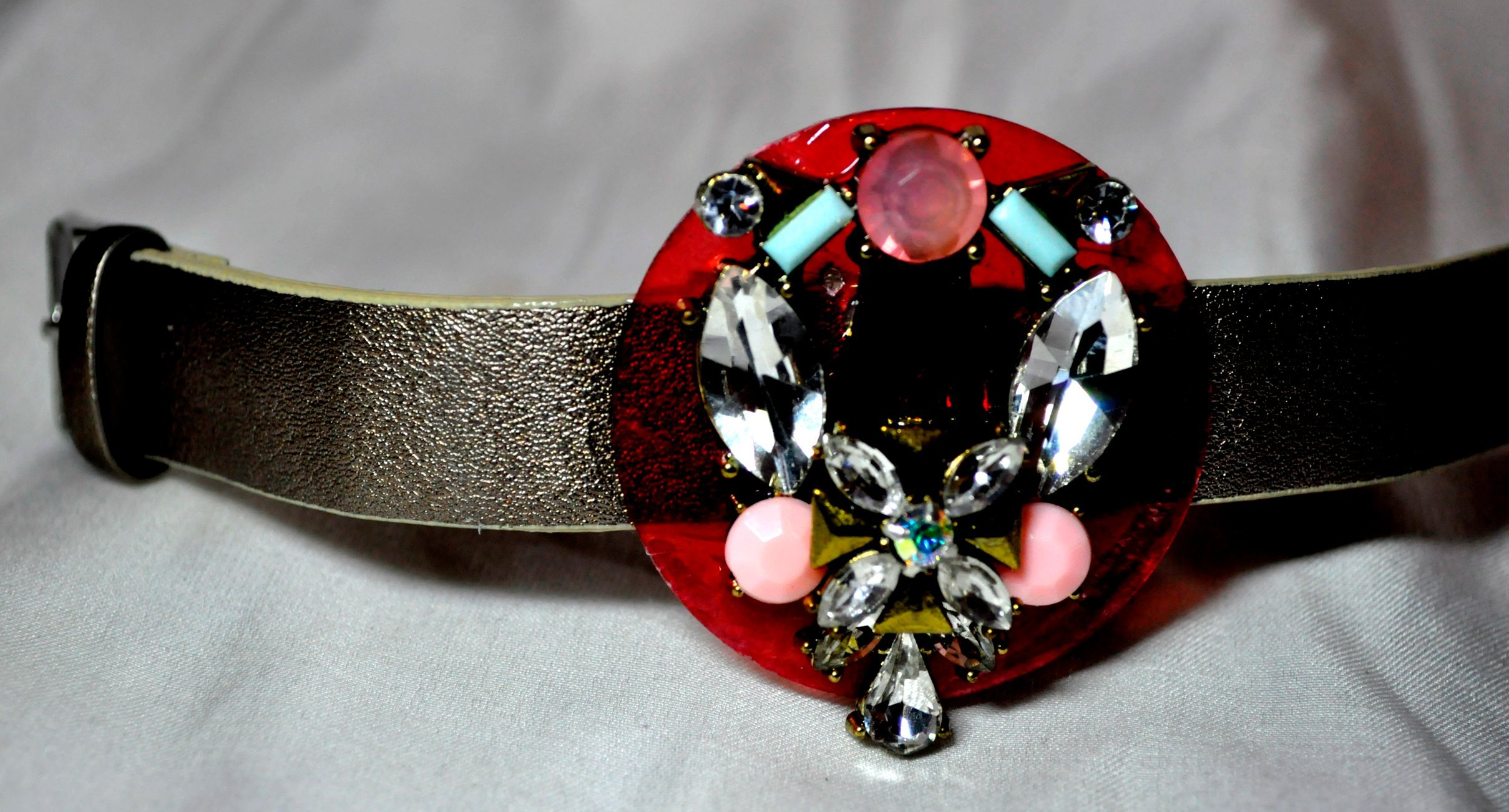 WATCHBAND ADORNED WITH BEAD WORK