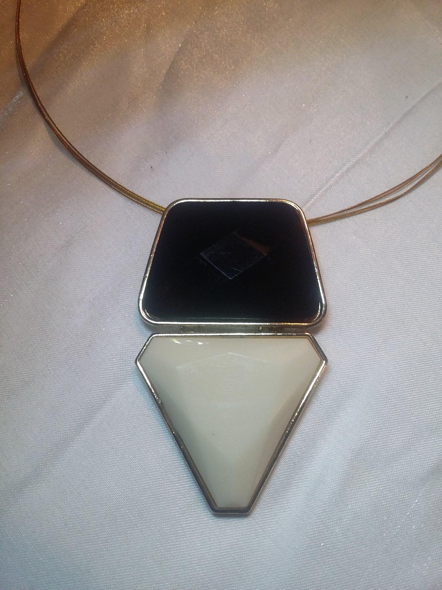 TAPERED BAGUETTE, TRILLION SHAPE necklace.
