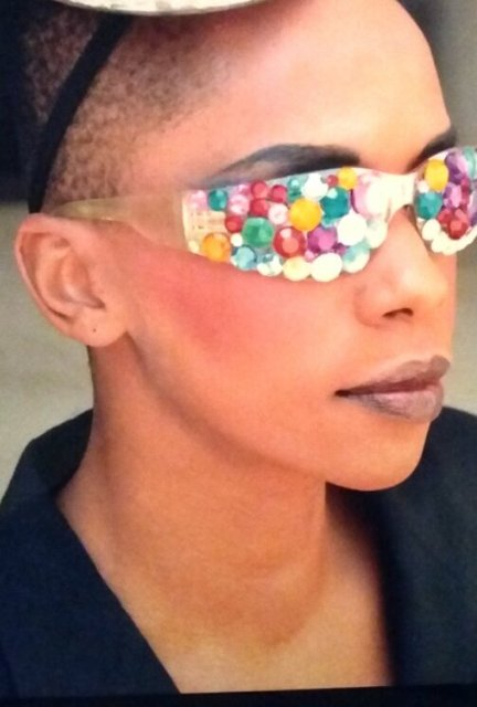BEADED SUN GLASSES will have everyone throwing shade.