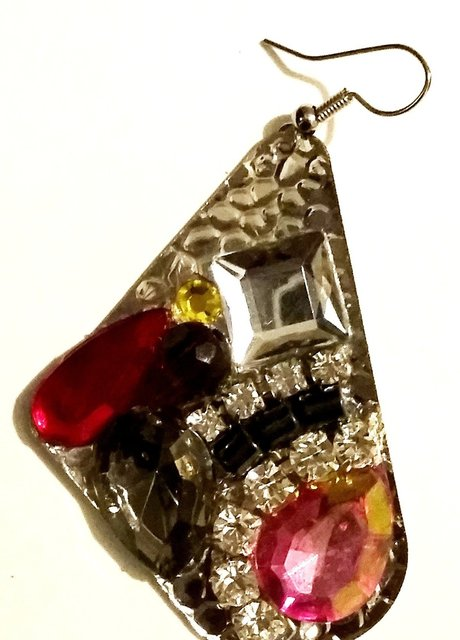 "1.5"" MARQUI SHAPE earring with multicolored stones."