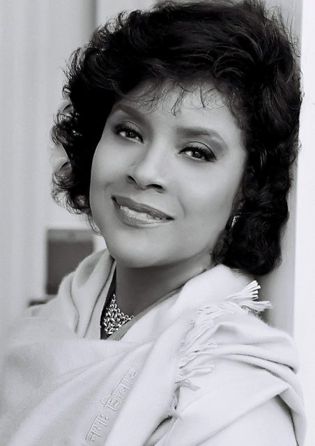 PHYLICIA RASHAD - A-LIST H'WOOD ACTRESS, PRODUCER, DIRECTOR who has starred in some 150 film, tv, motion picture projects.