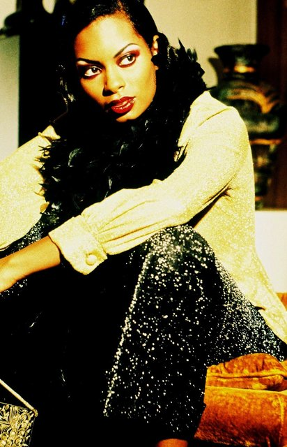 TRICE CAN MODEL EXCEPTIONALLY AND PORTRAY A LADY THAT SINGS THE BLUES.