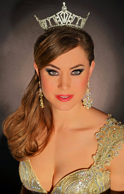 MISS SOUTH CAROLINA- Brooke is wearing gold leaf drops with ab stones.