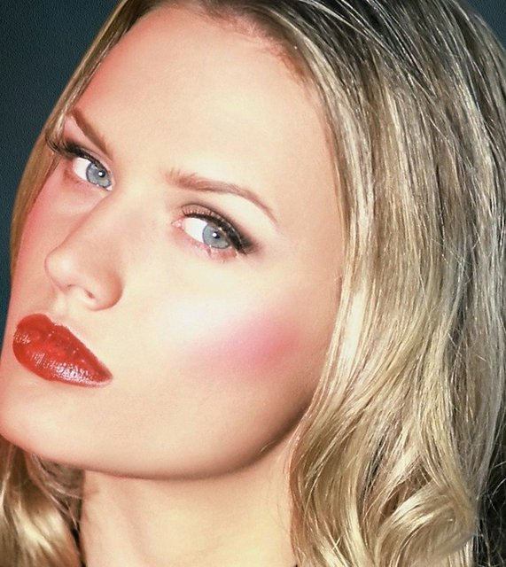 INTL SUPERMODEL ASHLEY WEARS BLACK LIQUID LINE AND SOFT BLACK AND IVORY SHADOW, RUBY LIPS.