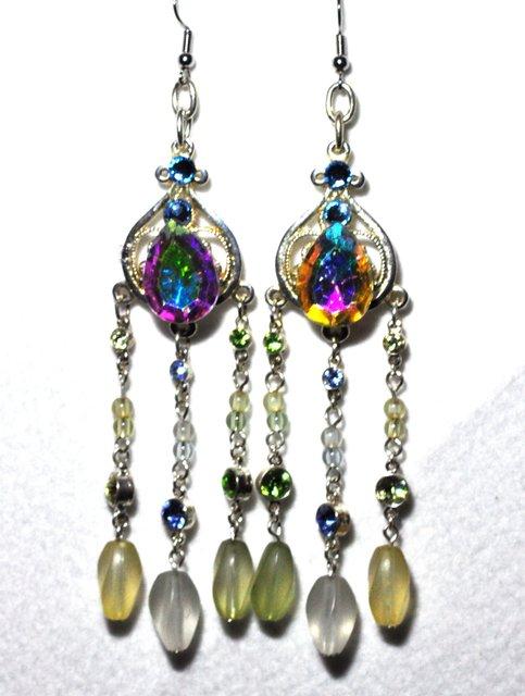 CUTE SILVER FRINGE drop earrings.