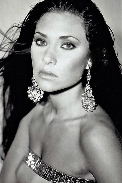 SARAH MEDLEY-  NYC MODEL since she was 5 year old. MISS SC-USA, MISS SC TEEN USA.