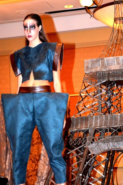 ELOPE TO PARIS fashion show.