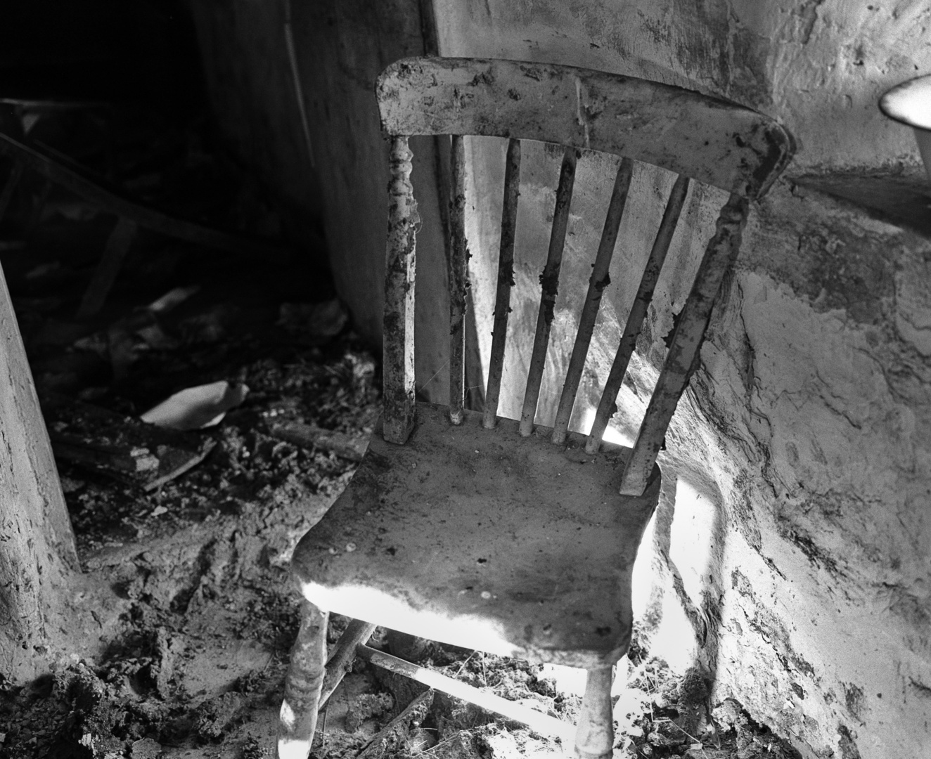 Newport Chair.jpg