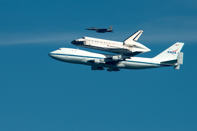 Endeavor with chase plane