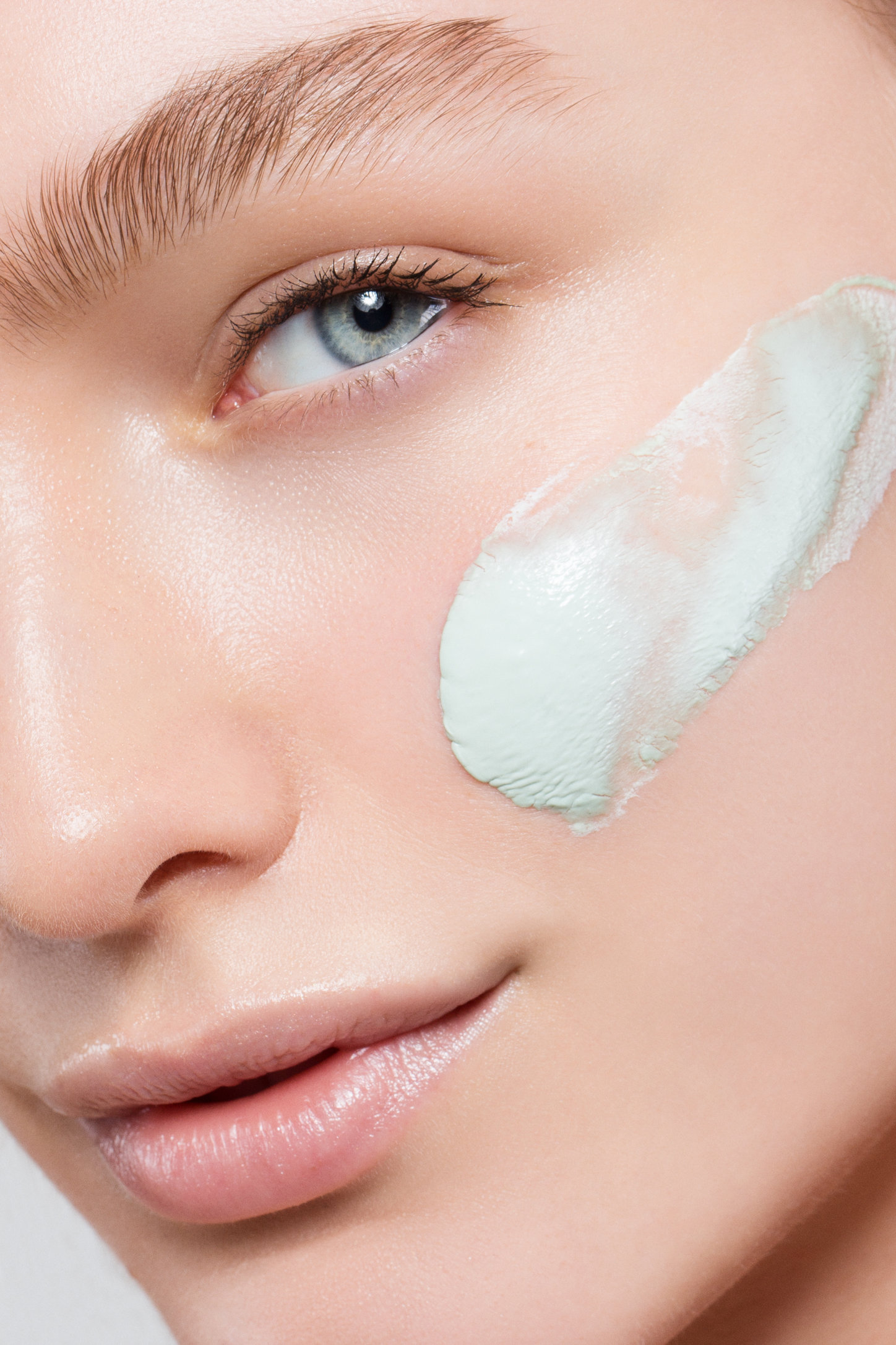 AngelaMarklew_Crystal_Skincare-1.jpg