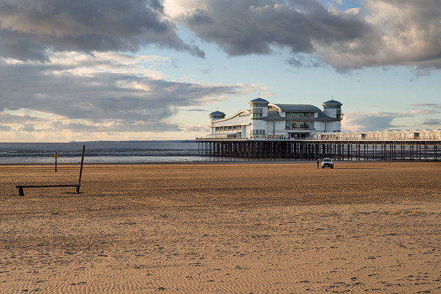 Weston_Super_Mare_RDD070116A.jpg