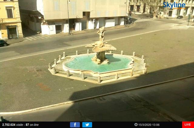 46_Roma - Piazza Barberini.TIF