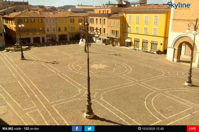 13_Fano - Piazza XX Settembre.TIF