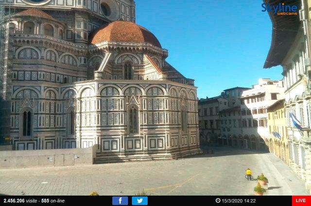 14_Firenze - Piazza del Duomo.TIF