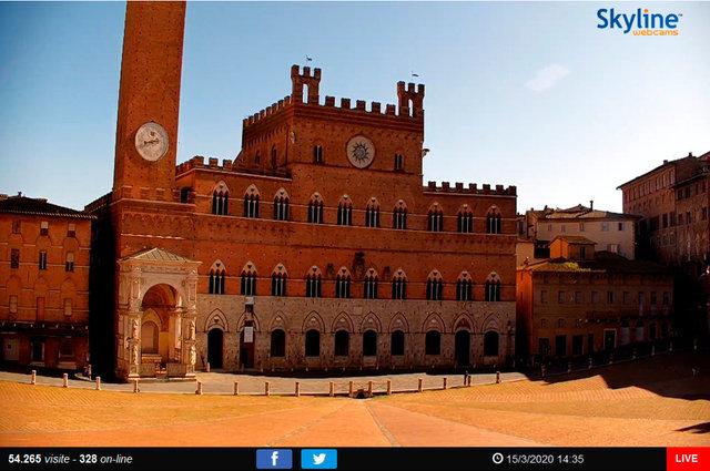 20_Siena, veduta di Piazza del Campo2.TIF