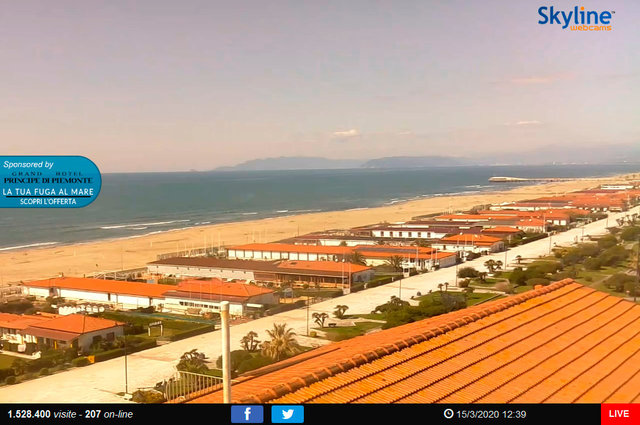 61_Viareggio, veduta sul lungomare la 'Terrazza della Repubblica'.TIF