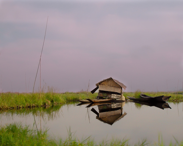 House & Dugout on Inle Lake