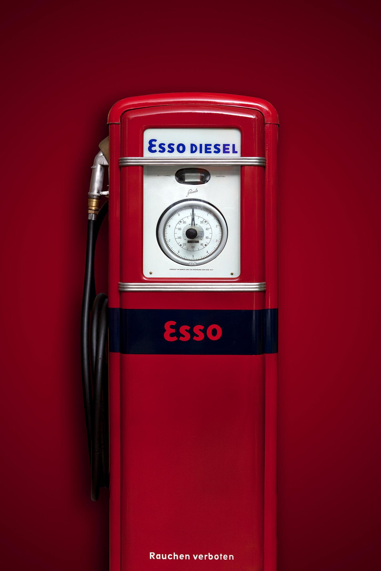 Esso.jpg