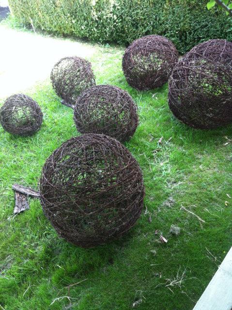 wire balls_20130603_224058.jpg