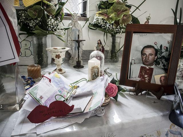 7.La cappella dove seppellita la salma di don Peppe Diana al cimitero di Casal di Principe