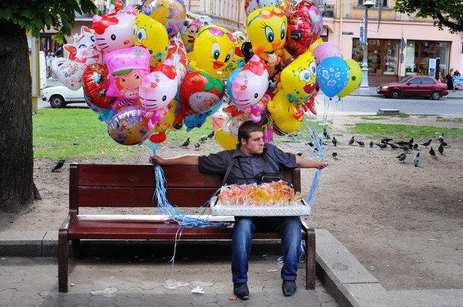Yurko Dyachyshyn_(Benches)_331_resize.JPG