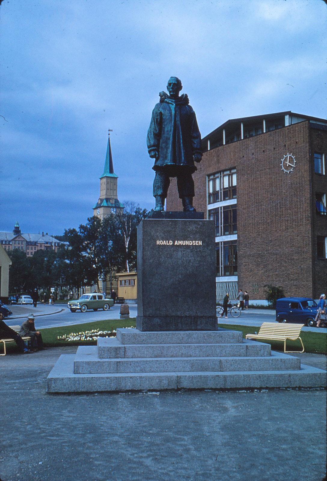 886 (35) Amundsen,Tromsø A