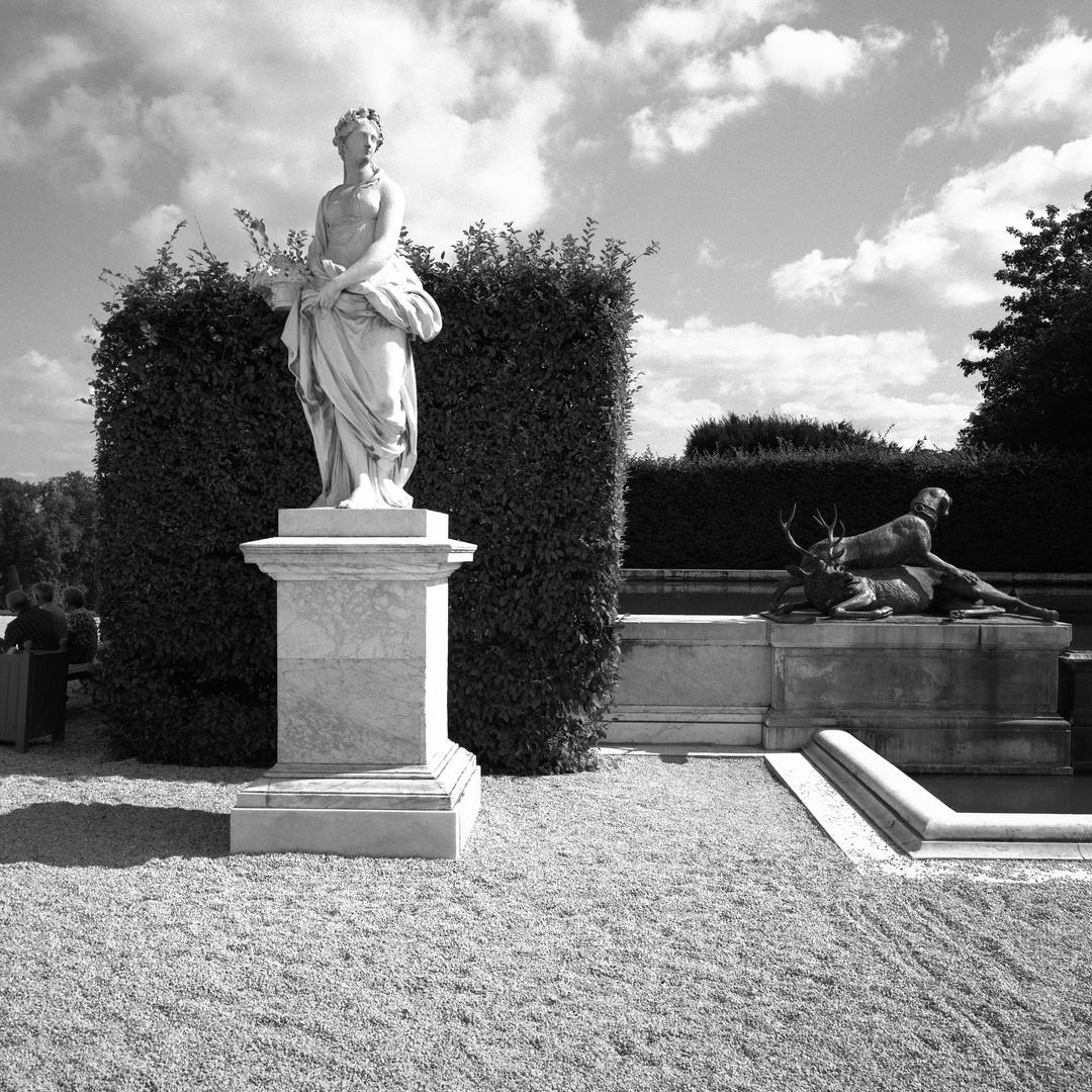 10_Paris_Garden V1_1.jpg
