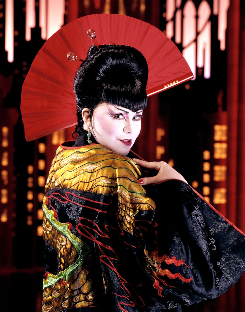 Delta Burke, Thoroughly Modern Millie on Broadway