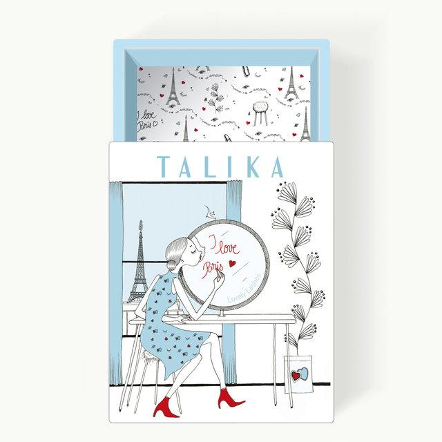 """<font color=""""#aaa7a6"""">Boite cadeau, La Parisienne (4/4).</font>"""