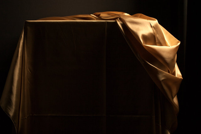 Gold_cloth_7_IMG_6291_WEB.jpg