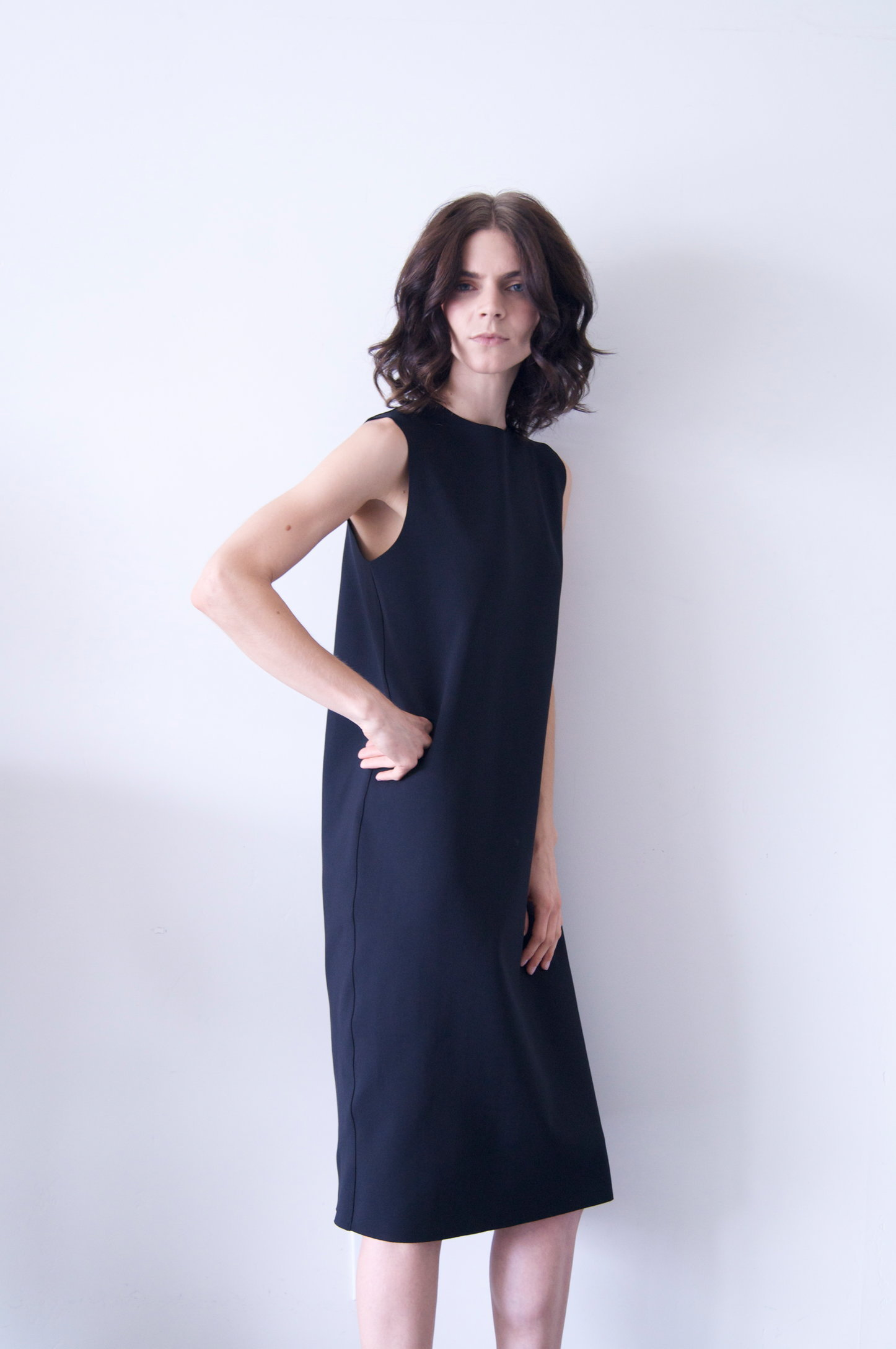 tottie dress in black neoprene   550.00