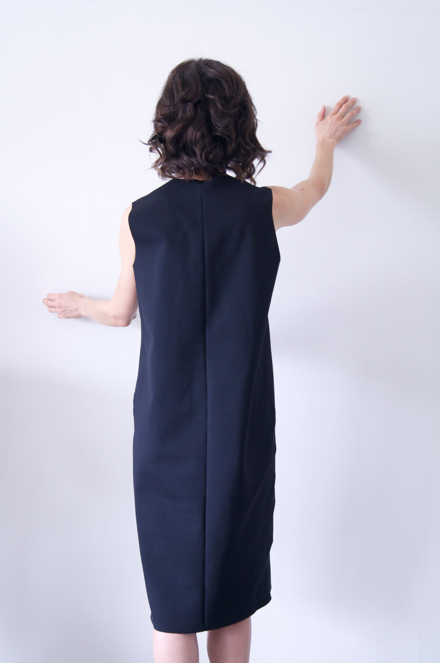 totti dress in black neoprene   550.00