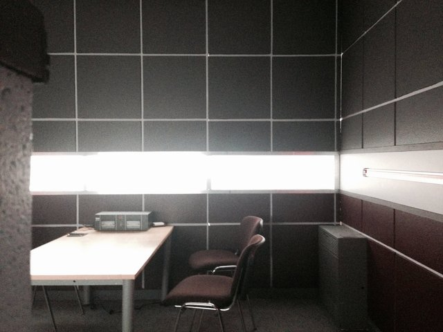 Set Build - Interrogation room
