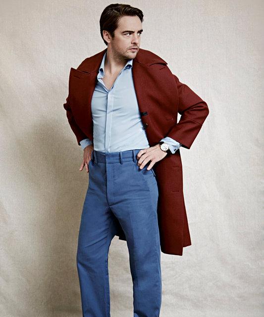 AVincent Piaza Blue pants 5 crop.jpg