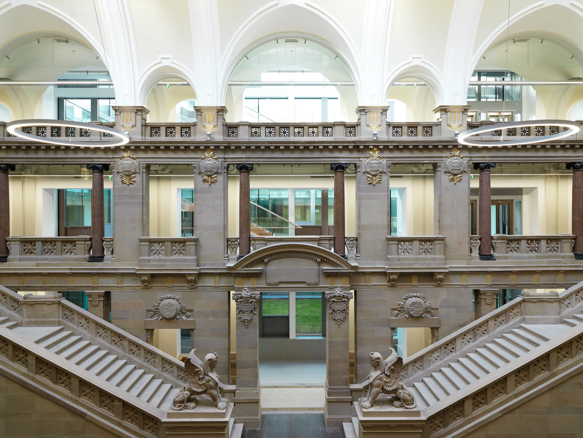 Palais de Justice de Strasbourg rénové. Architecte construction (1897): Skjöld Neckelmann / Architecte rénovation (2016): Jordi Garcés